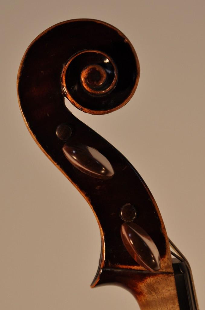 Barockviola, Wiener Arbeit (anonym) Schnecke